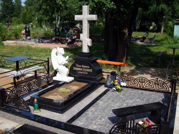 памятники на могилу омск цена